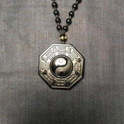 Pendentif en obsidienne...